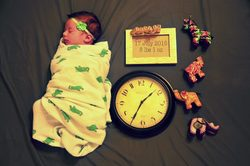 Swaddling a baby pros and cons